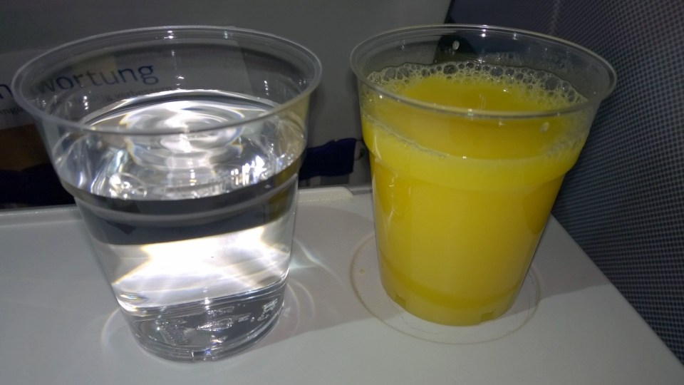 An unlimited choice of drinks is complimentary in Lufthansa Economy Class