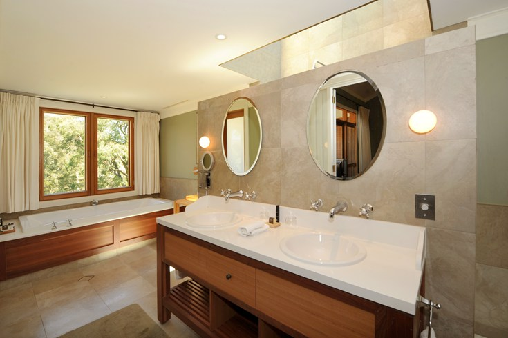 Bathroom at a Wollemi Suite (Image Source: The Leading Hotels of the World / lhw.com)