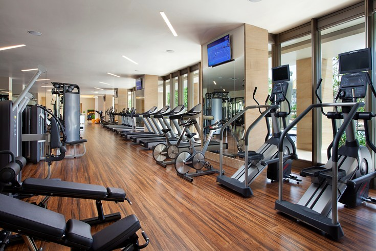 Huge gym with state-of-the-art machines