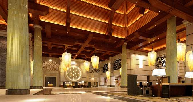 The stunning lobby of the Hilton Qingdao Golden Beach (Image Source: Hilton Qingdau Golden Beach / hilton.com)