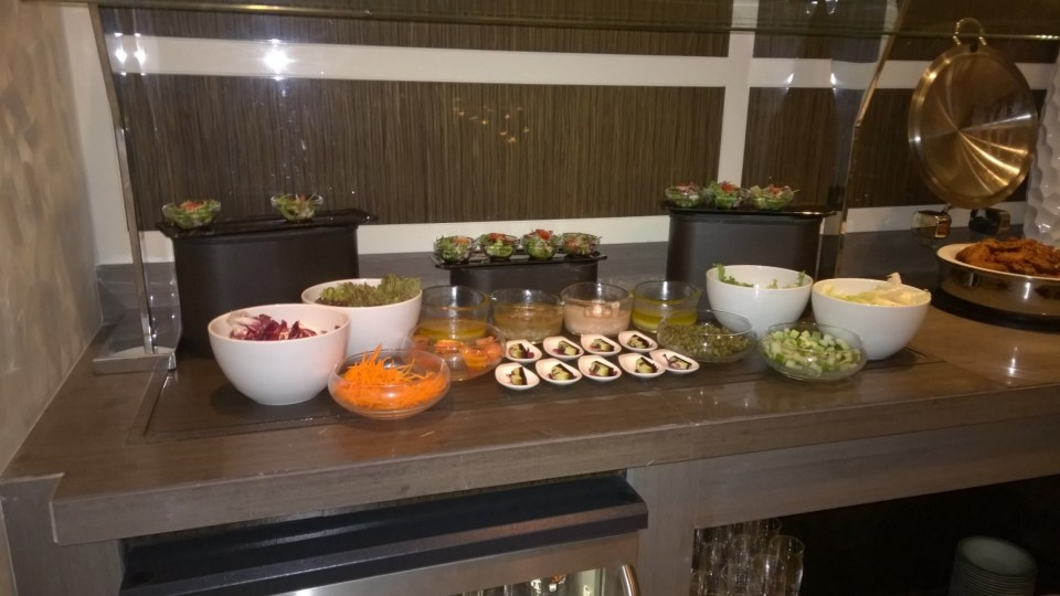 Dinner buffet in the lounge