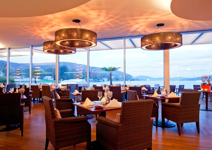 The restaurant by the sea offers very good cuisine and amazing views (Image Source: The Leading Hotels of the World / lhw.com)