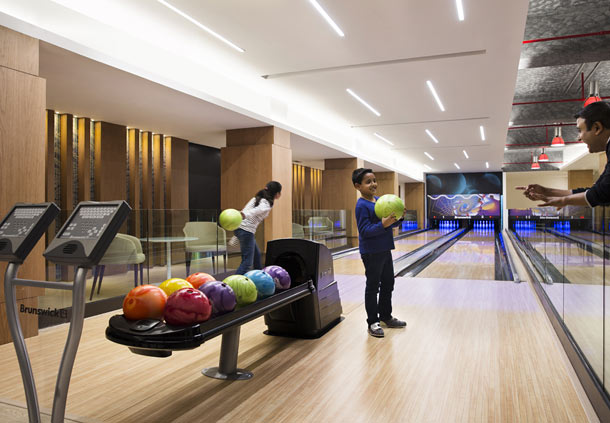 Bowling alley(Image Source: JW Marriott Mussooire Walnut Grove Resort / marriott.com)