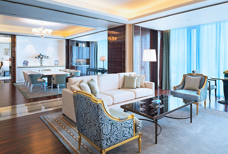 All suites got a very similiar color scheme (Image Source: The Azure Qiantang / starwoodhotels.com)