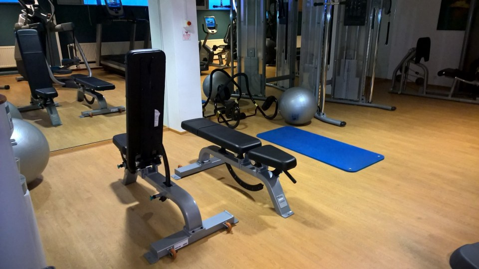 The gym of the Hilton Kalastajatorppa is large and in a good condition