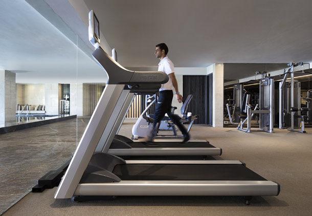 Gym (Image Source: JW Marriott Mussooire Walnut Grove Resort / marriott.com)