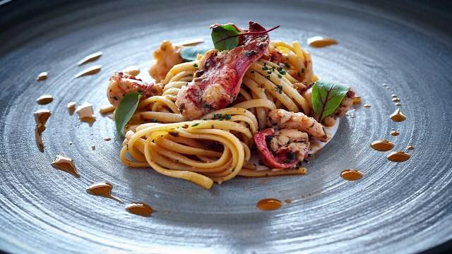 Perfect seafood and fish dishes (Image Source: The Ritz-Carlton Bali / ritzcarlton.com)