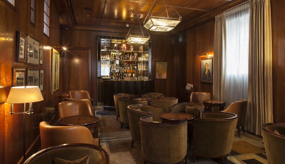 The American Bar (Image Source: The Beaumont London / thebeaumont.com)