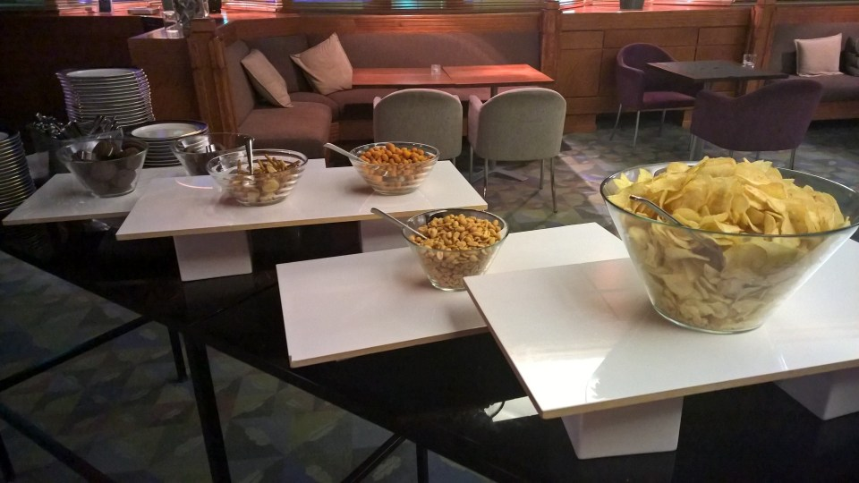Daytime snacks in the lounge