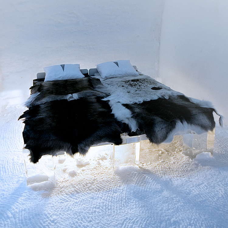 Snow Room (Image Source: Icehotel / icehotel.com)