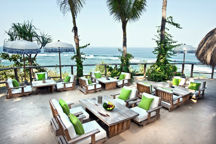 Ombak Restaurant (Image Source: Nihiwatu / nihiwatu.com)