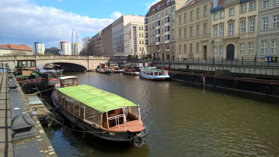 There are even some houseboats