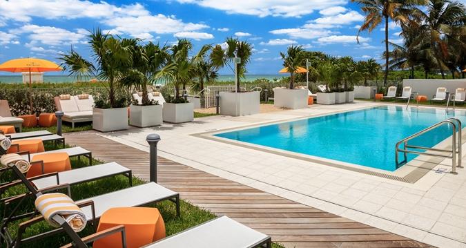 Hilton Cabana Miami Beach Lower Pool
