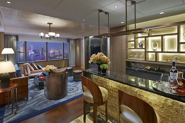 Mandarin Oriental Shanghai Oriental Suite