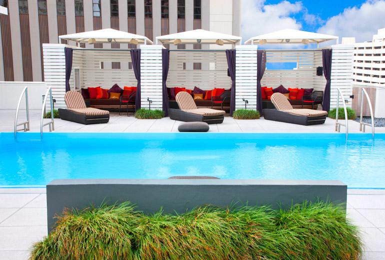Le Méridien New Orleans Pool