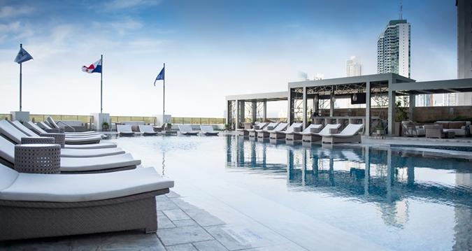 Hilton Panama Pool