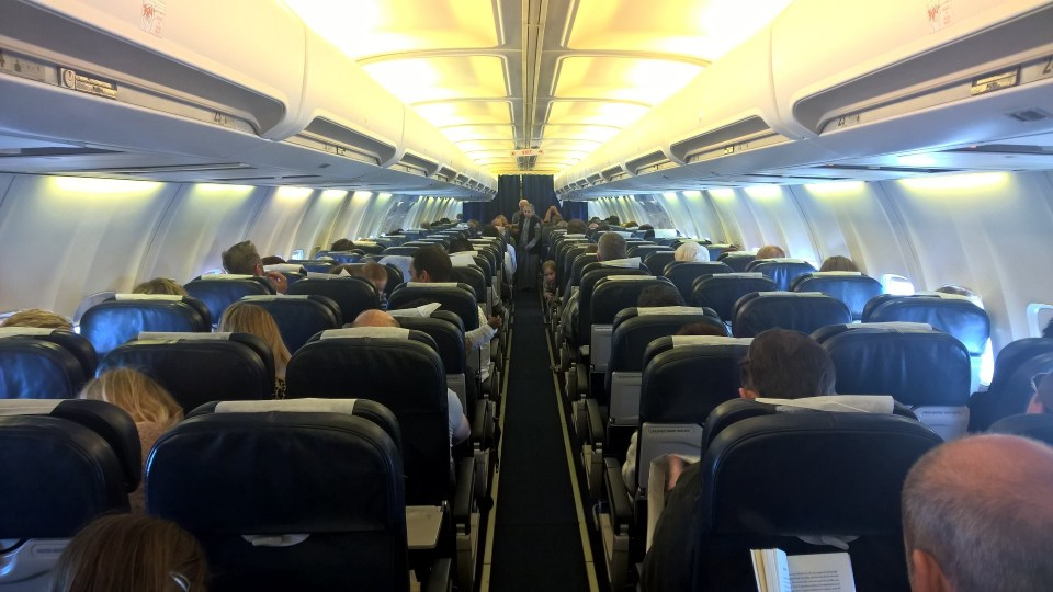 Comair Boeing 737-400 Seating