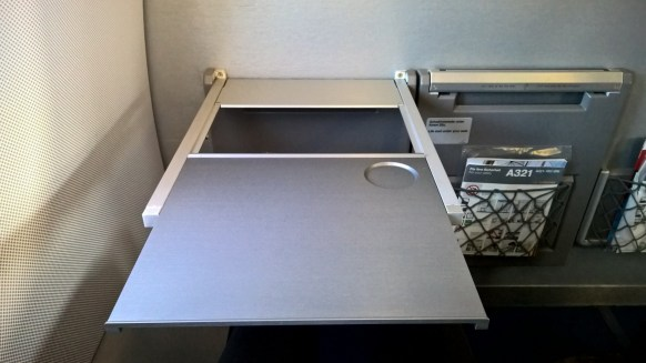 Lufthansa A321 Business Class Table