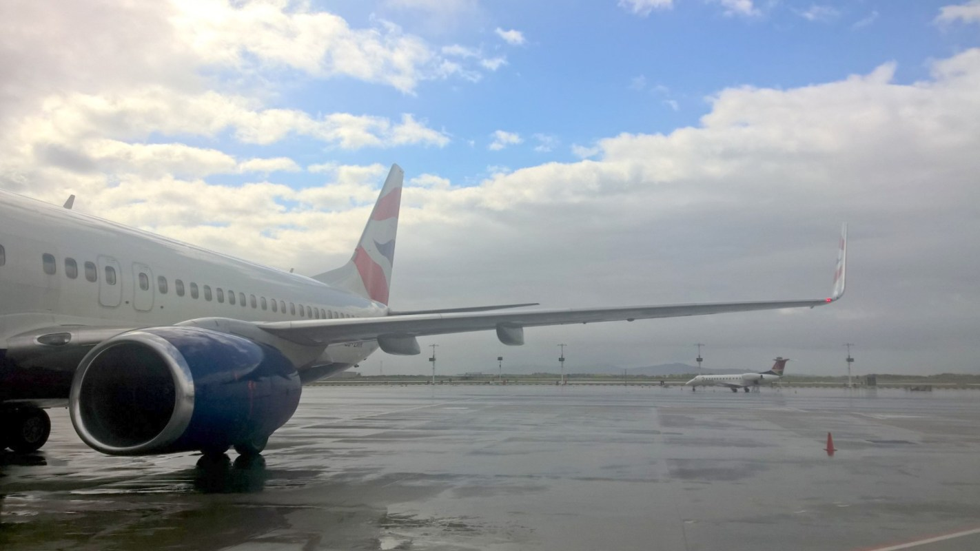 Comair Boeing 737-800