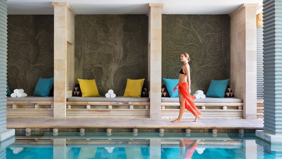 Park Hyatt Siem Reap Free Form Swimming Pool