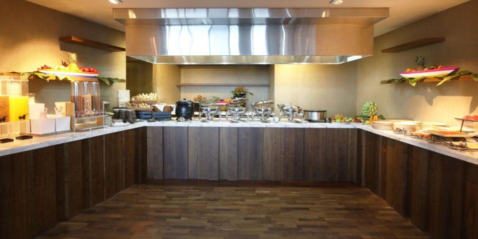 InterContinental Cartagena Oceanika Lounge Breakfast