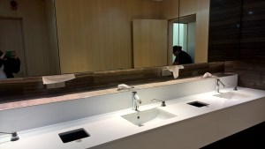 Maple Leaf Lounge Frankfurt Washrooms