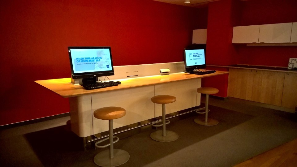 SAS Lounge Brussels Computers