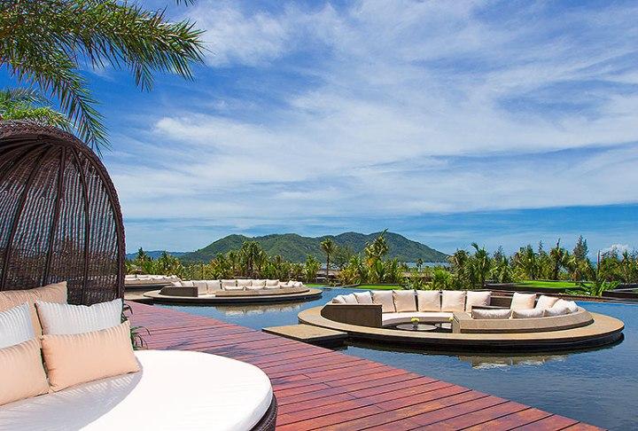 Lobby Lounge Westin Blue Bay Resort