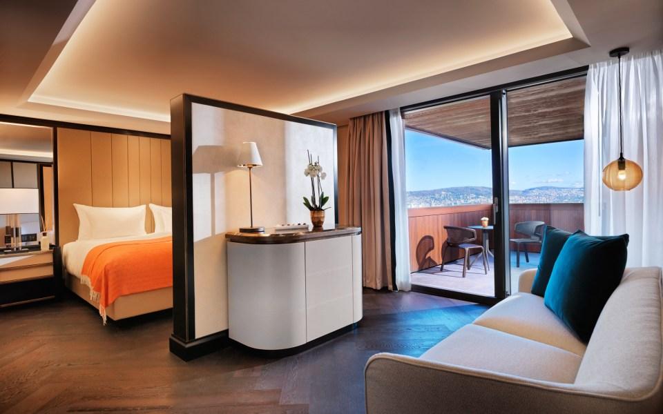 Atlantis by Giardino Zurich Generous Room