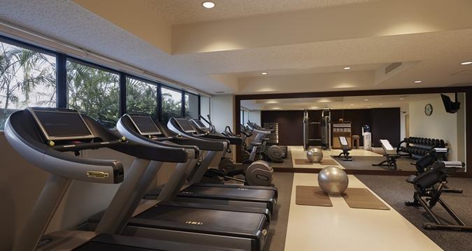 Hilton Okinawa Chatan Resort Gym