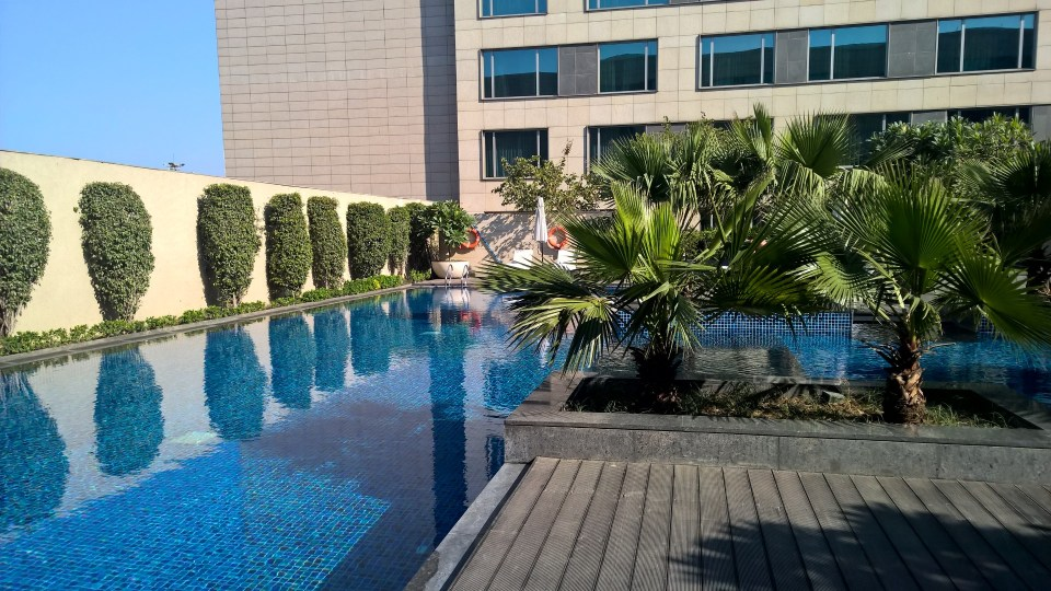 JW Marriott Delhi Pool