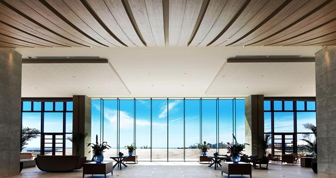Hilton Okinawa Chatan Resort Lobby