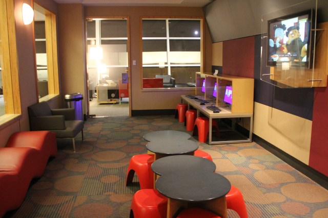 AA Admirals Club DFW Kids Corner