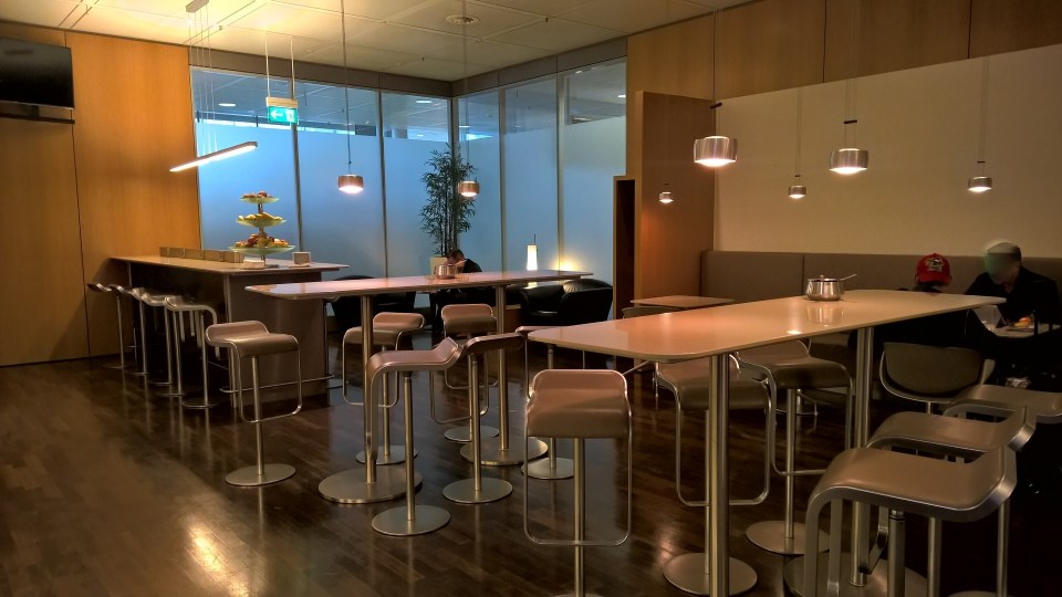 Lufthansa Senator Café Munich Seating