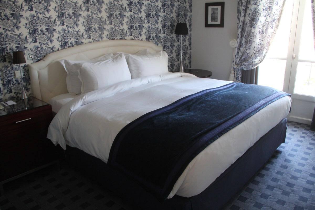 Hotel Le Royal Lyon Junior Suite Bedroom