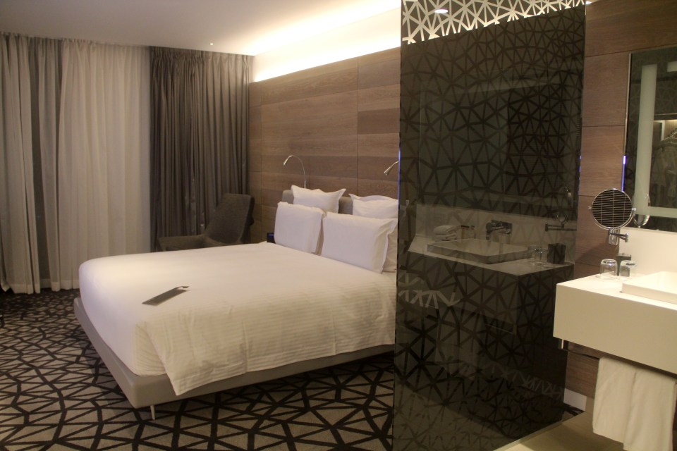 Pullman Sydney Airport Deluxe Executive Room