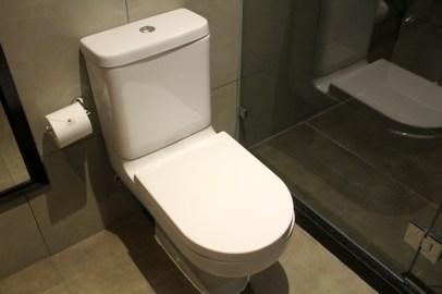 DoubleTree Santiago Vitacura Junior Suite Bathroom