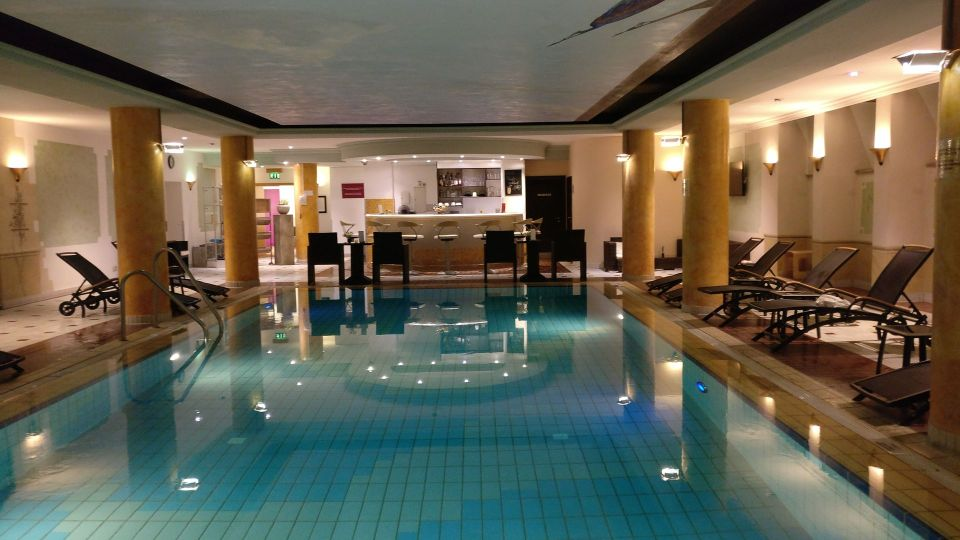 Crowne Plaza Heidelberg Pool