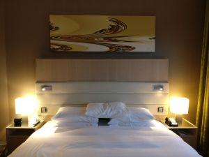 Hilton Frankfurt Airport Executive Suite Bedroom