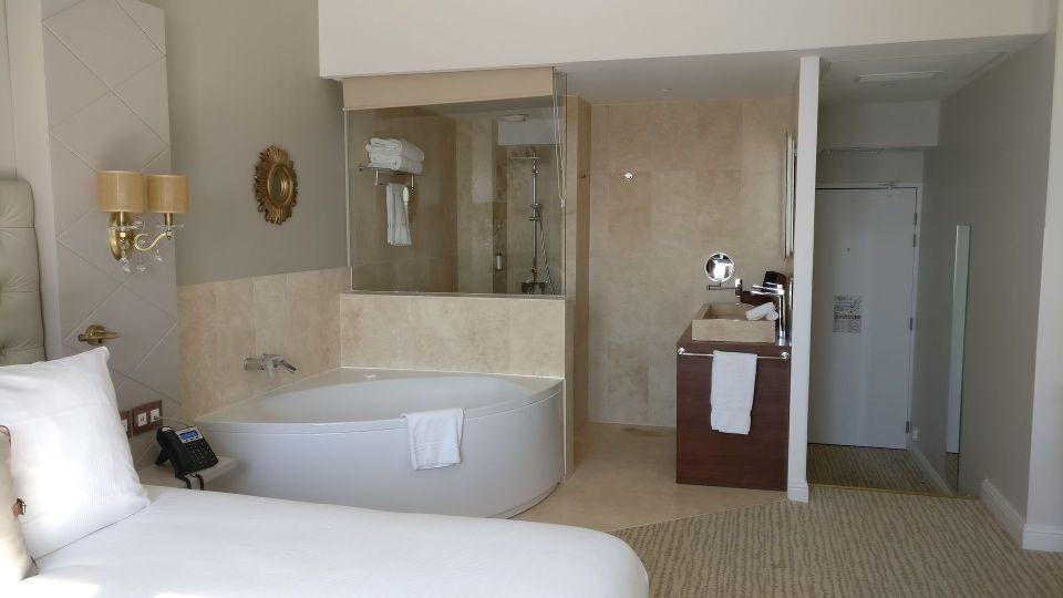 Grand Hotel des Sablettes Plage Tropizienne Suite
