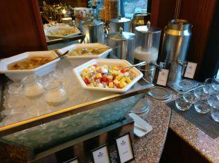 Hilton Hanoi OHilton Hanoi Opera Lounge Breakfastpera Lounge Breakfast