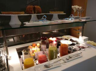 Lufthansa First Class Lounge Frankfurt A Buffet