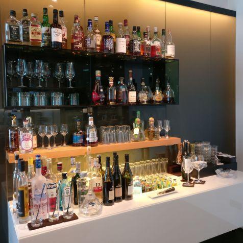 Lufthansa First Class Lounge Frankfurt A Drinks