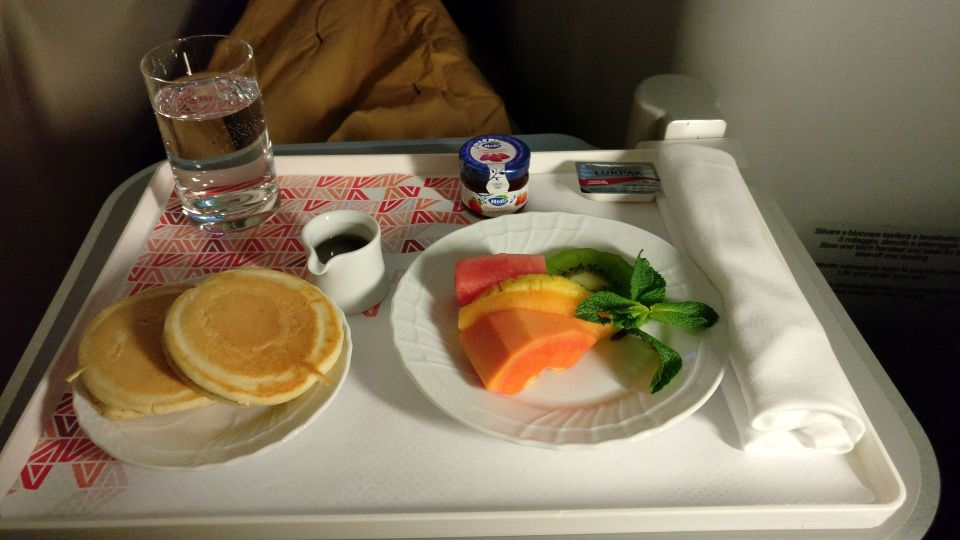 Alitalia Business Class Airbus A330 Breakfast