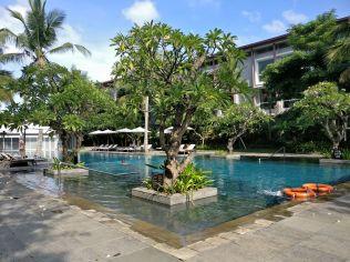 Hilton Garden Inn Bali Airport Pool