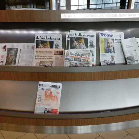 KLM Crown Lounge Amsterdam Non-Schengen Magazines