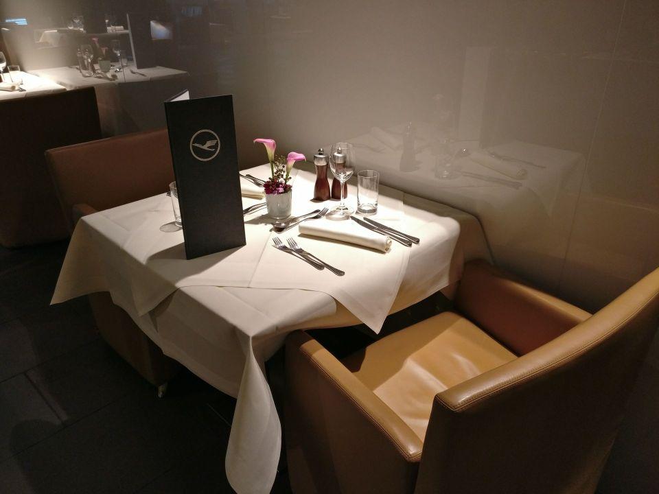 Lufthansa First Class Terminal Frankfurt Restaurant