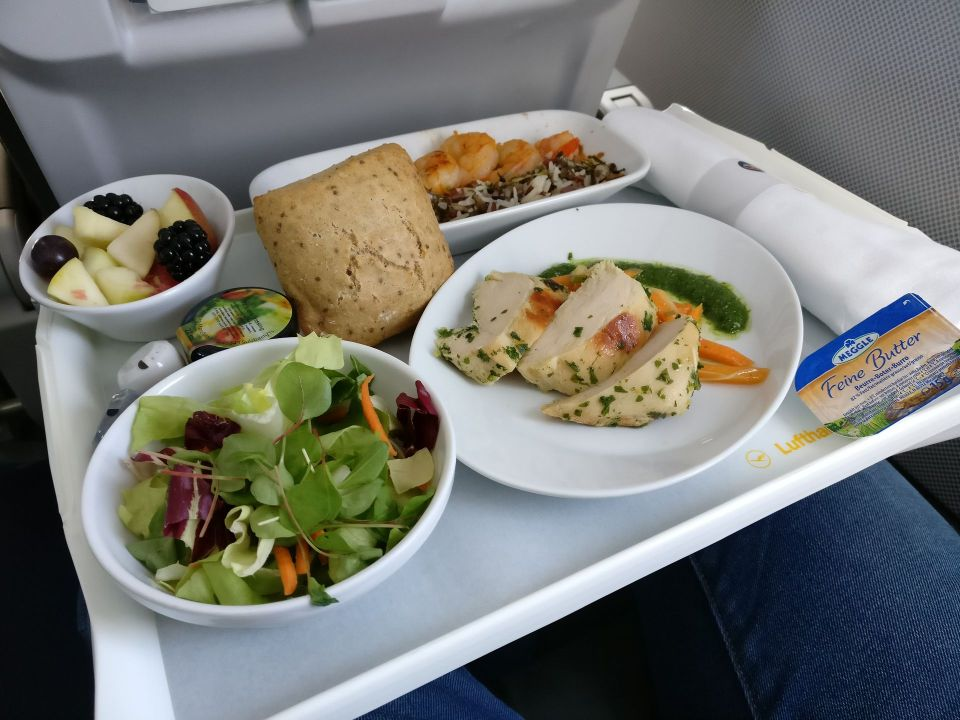 Lufthansa medium haul Business Class Catering