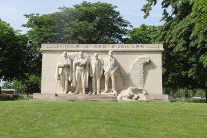 Citadelle Park Statue Lille
