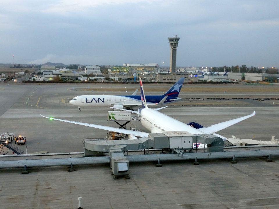 Santiago Airport LATAM